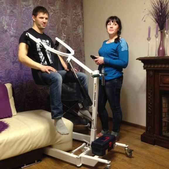 Передвижной подъёмник для колясочников и больных O-Savva TPS-2 - фото №3