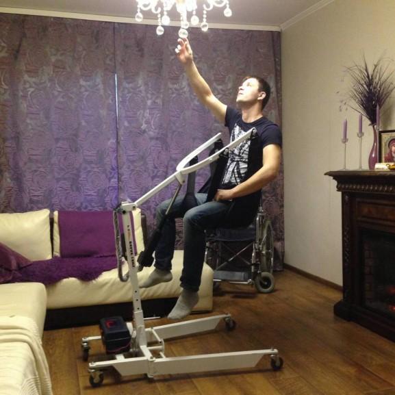 Передвижной подъёмник для колясочников и больных O-Savva TPS-2 - фото №2