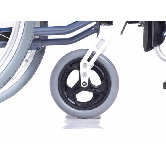 Комфортное инвалидное кресло-коляска Ortonica Trend 15 - фото №5