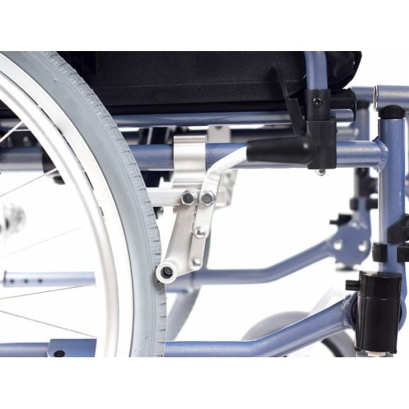 Комфортное инвалидное кресло-коляска Ortonica Trend 15 - фото №7