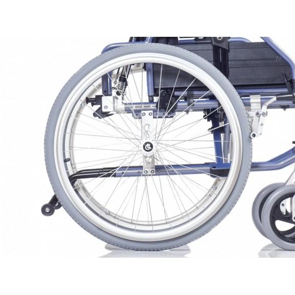 Комфортное инвалидное кресло-коляска Ortonica Trend 15 - фото №6