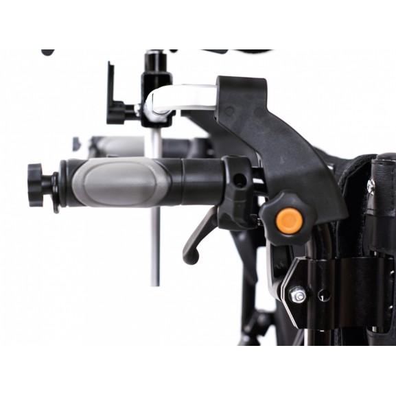 Комфортное инвалидное кресло-коляска Ortonica Trend 15 - фото №8