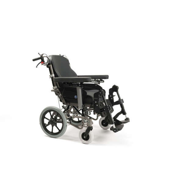 Кресло-коляска механическая с приводом от обода колеса многофункциональная Vermeiren Inovys II - фото №1