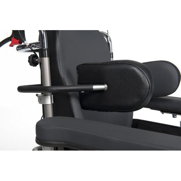 Кресло-коляска механическая с приводом от обода колеса многофункциональная Vermeiren Inovys II - фото №4