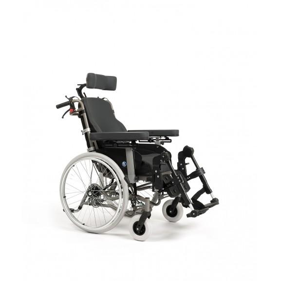 Кресло-коляска механическая с приводом от обода колеса многофункциональная Vermeiren Inovys II