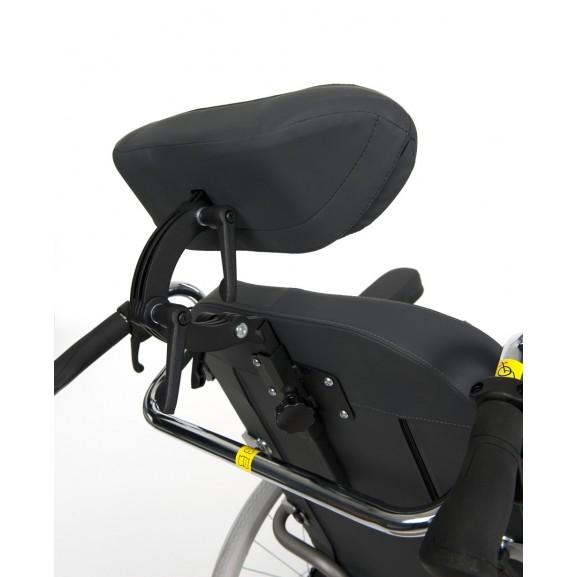 Кресло-коляска механическая с приводом от обода колеса многофункциональная Vermeiren Inovys II - фото №6