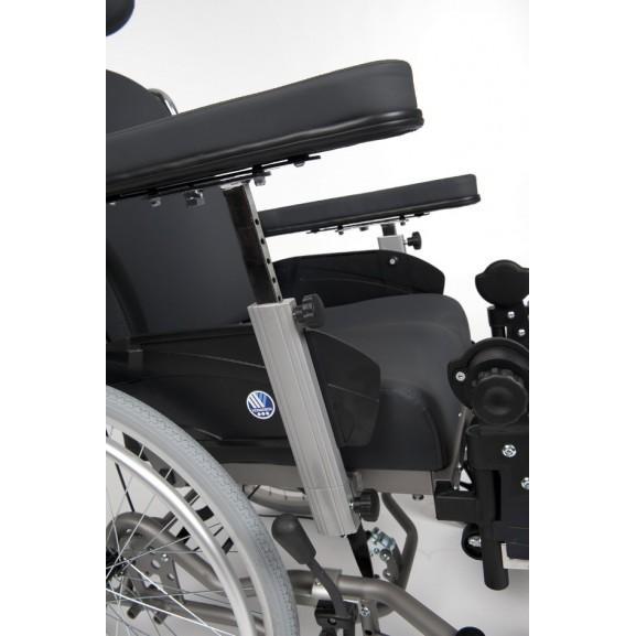 Кресло-коляска механическая с приводом от обода колеса многофункциональная Vermeiren Inovys II - фото №5