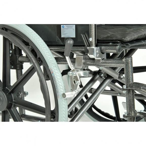 Комфортабельная инвалидная кресло-коляска Мега-Оптим Fs 951 B-56 - фото №8