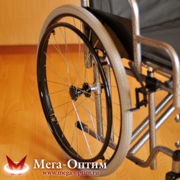 Инвалидная коляска стальная Мега-Оптим Fs 874 B-51 - фото №3