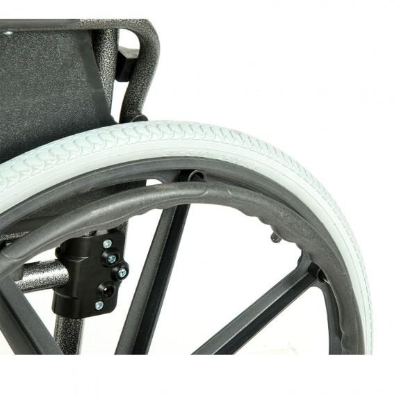 Комфортабельная инвалидная кресло-коляска Мега-Оптим Fs 951 B-56 - фото №13