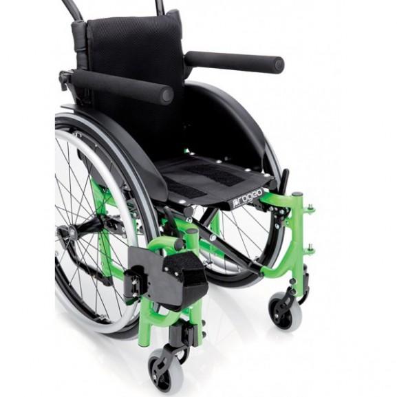 Кресло-коляска с ручным приводом активного типа Progeo Junior Light - фото №1