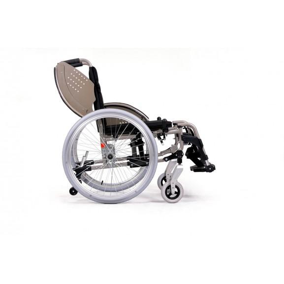 Кресло-коляска инвалидное механическое Vermeiren V200 Go - фото №1