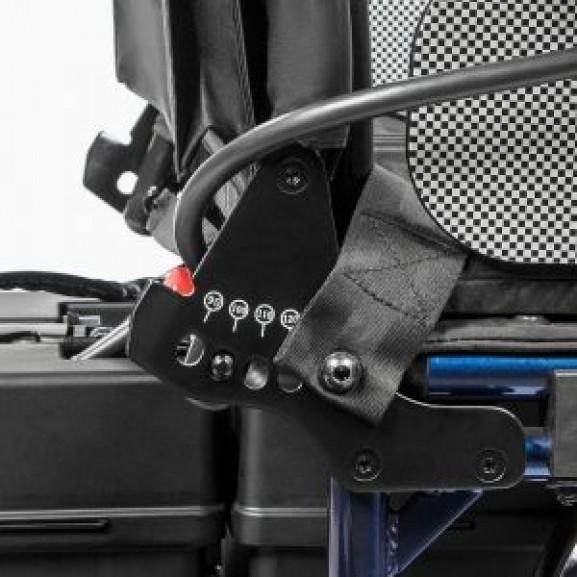Инвалидная электрическая кресло-коляска Ortonica Pulse 150 - фото №3