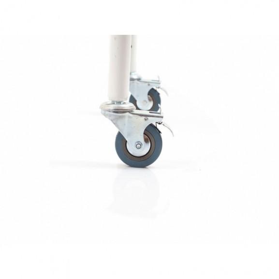 Санитарный стул со складными подлокотниками и колесами Ortonica Tu 8 - фото №3