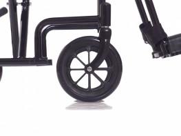 Задние колеса оснащены ручными тормозами