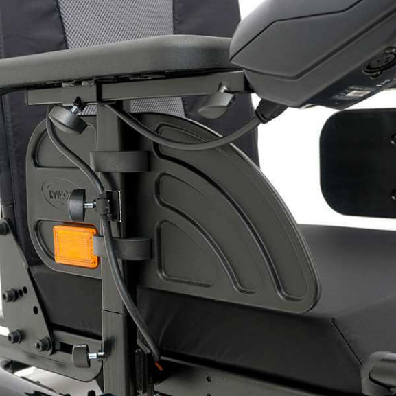 Электрическое кресло-коляска Invacare Bora - фото №1