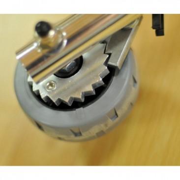 Передние колеса диаметром 12,7 см с фиксацией