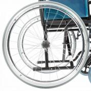 Пневматические или цельнолитые задние колеса