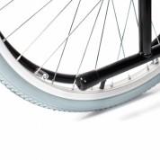 Стояночный тормоз задних колес