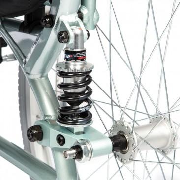 Независимая подвеска задних колес с регулируемой жесткостью