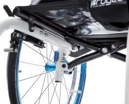 Задняя фиксированная система перекладин спрятанная под сиденьем