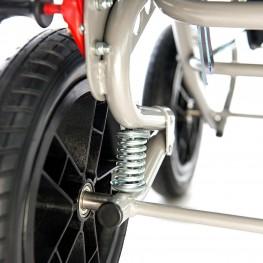 Большие колеса с амортизаторами обеспечивают комфорт